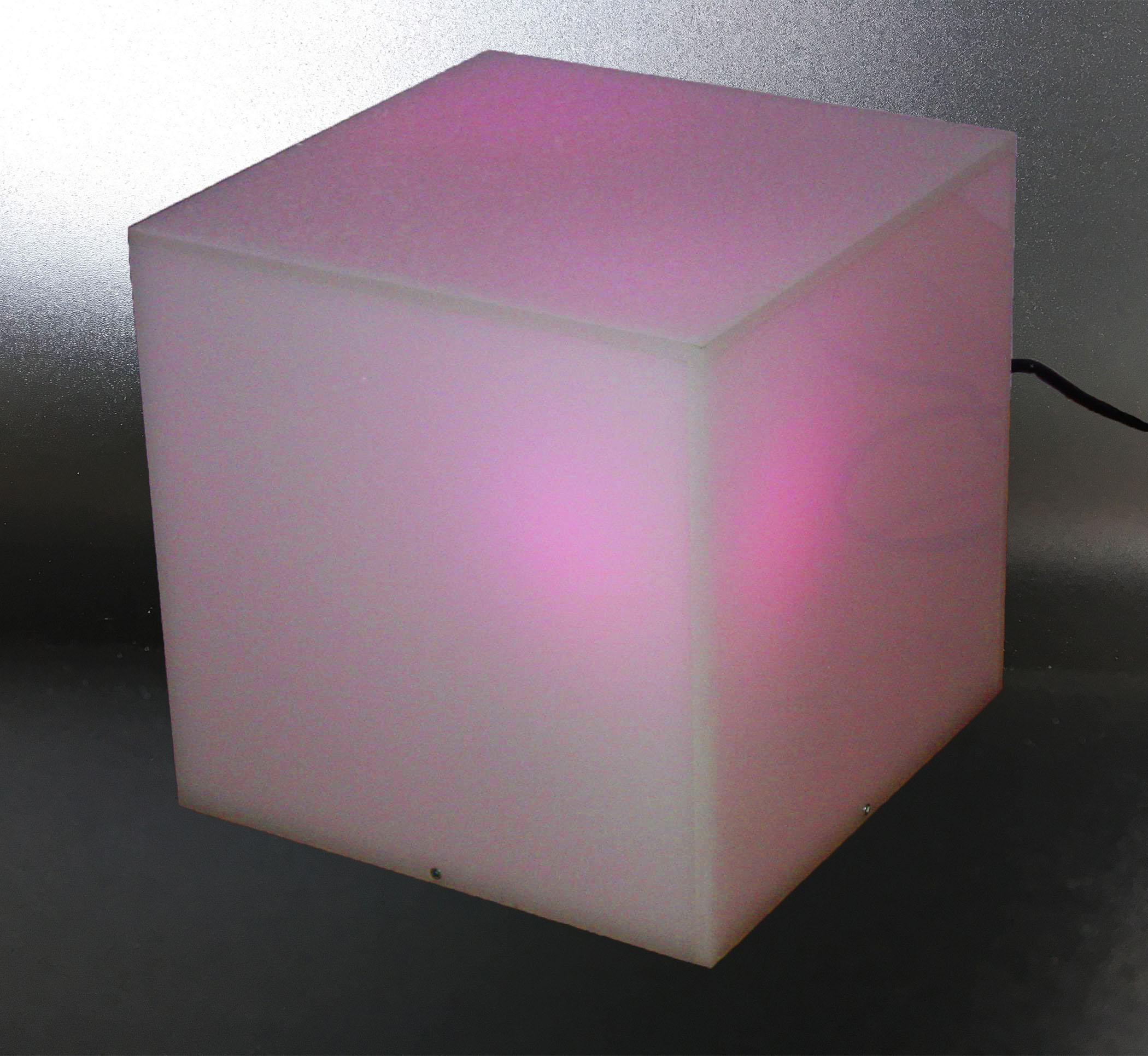 cube lumineux blanc marcorelles. Black Bedroom Furniture Sets. Home Design Ideas